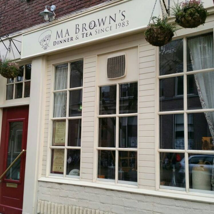 high tea haarlem bij Ma Brown's
