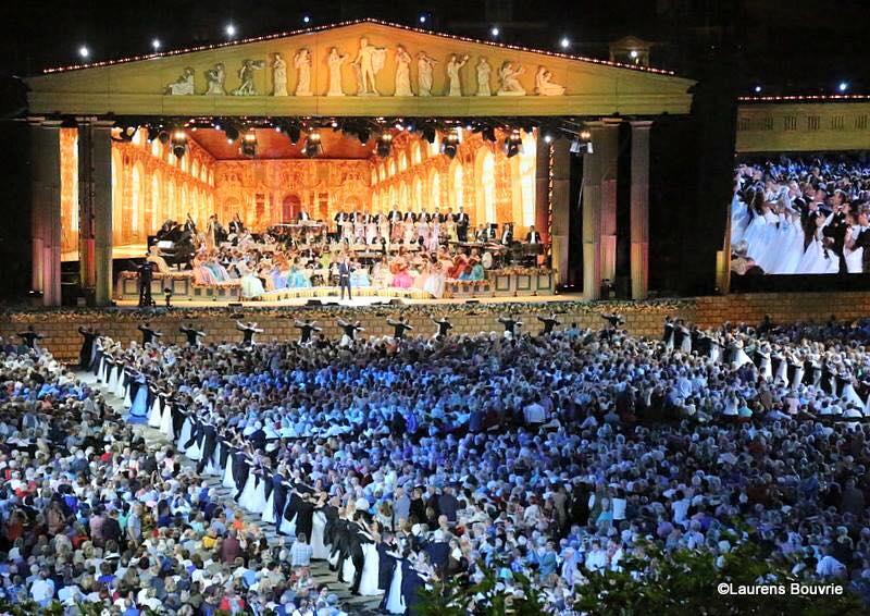 Andre rieu tickets vrijthof concerten bij il bacaro bijzonder uit eten - Terras arrangement ...