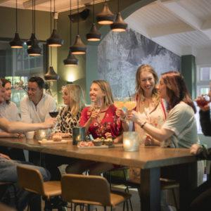 Bar restaurant de Hoefslag Bosch en Duin HFSLG